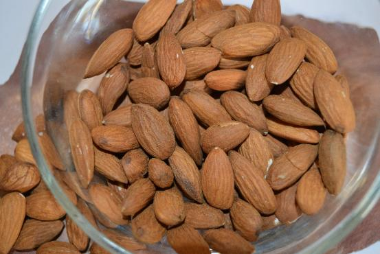 almonds fight alzheimer's disease